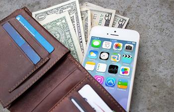 How do free mobile apps make  money?