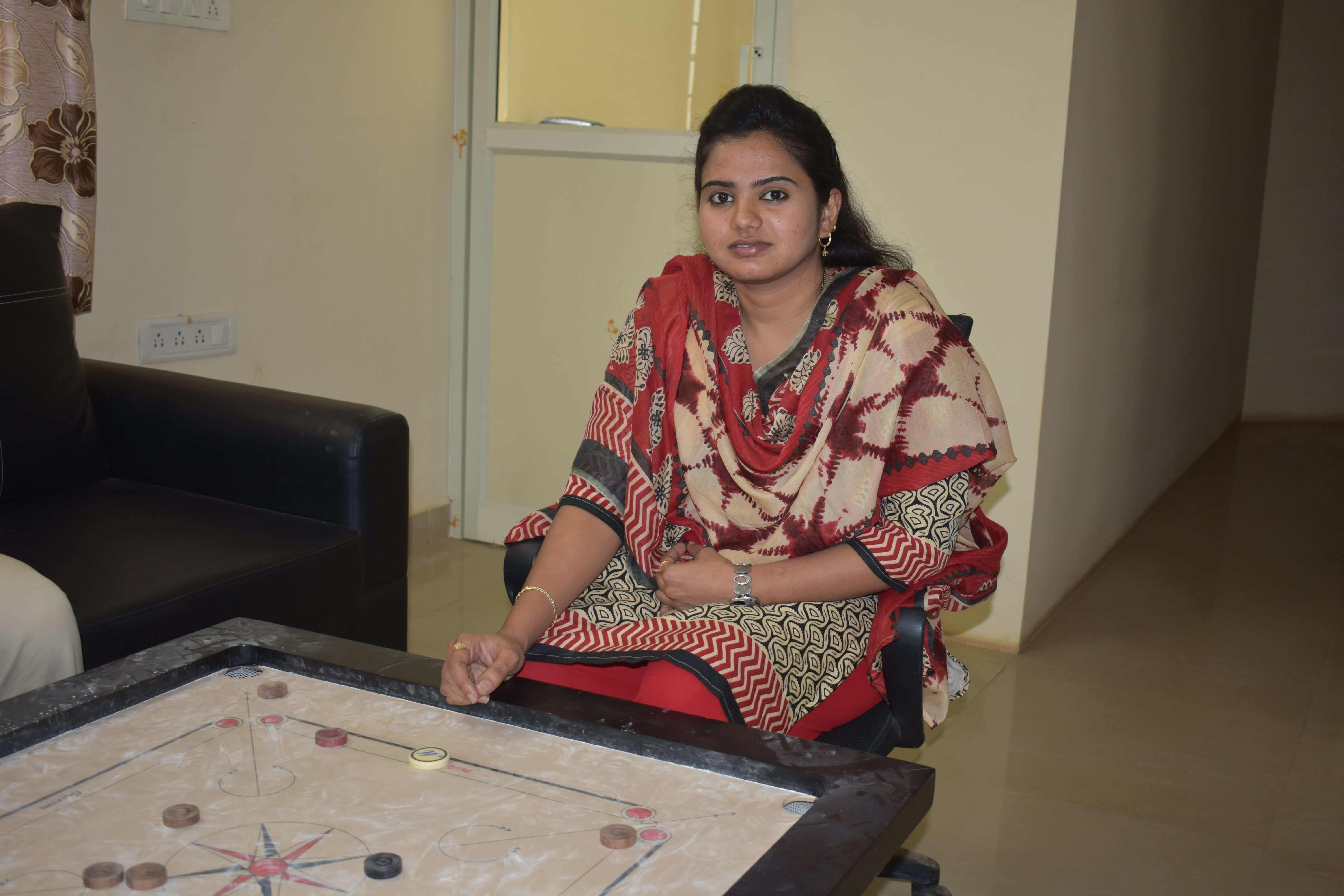 girls Carrom winner ASma